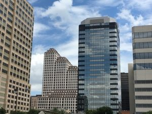 difference between usf and rsf commercial lease