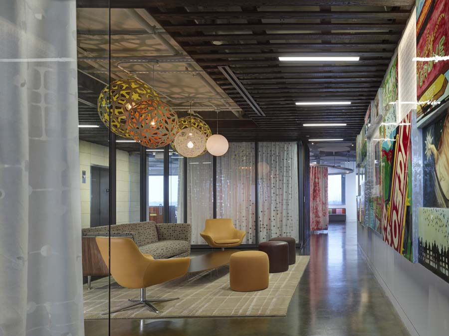 austin office space waiting area